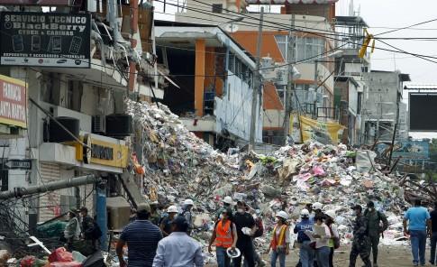 El terremoto dejó 660 muertos y miles de damnificados.