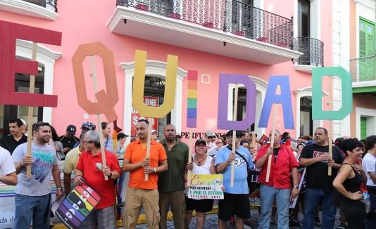 Marcha a favor de la comunidad LGBTT