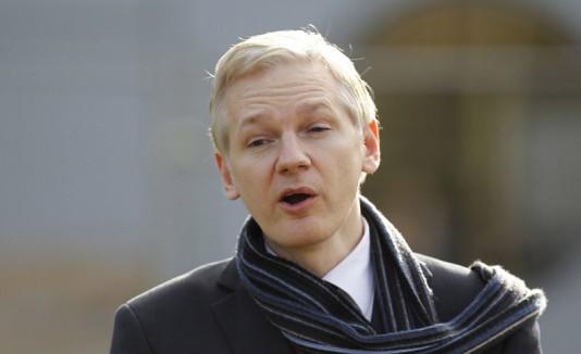 Quieren al fundador de WikiLeaks como sea