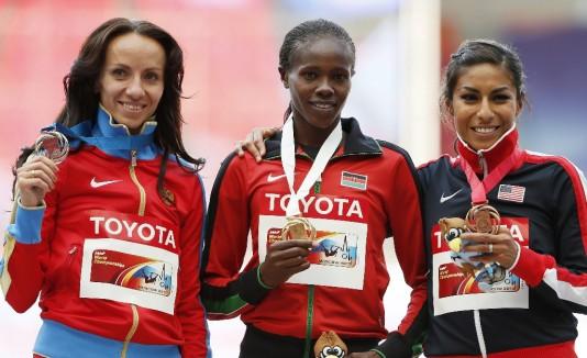 Las campeonas de los 800 metros de atletismo femenino.
