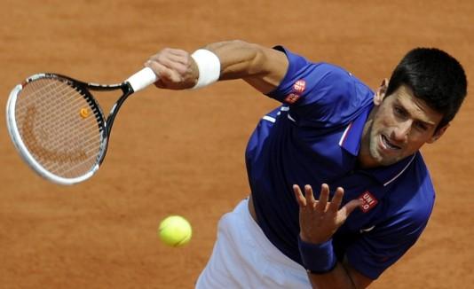 Djokovic alcanzó el primer lugar en julio de 2011, pero lo perdió frente a Roger Federer durante tres meses en el 2012.