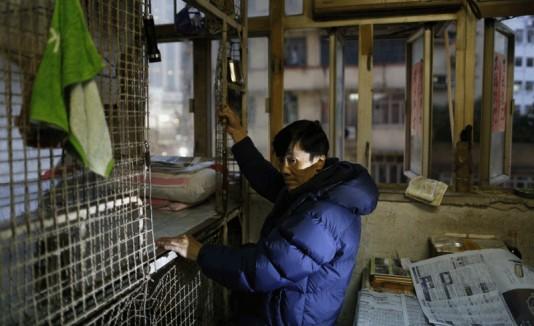 Pobres viven en jaulas en Hong Kong