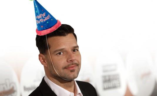 De cumple Ricky Martin