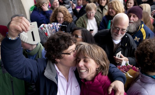 Mujeres se casan en Michigan