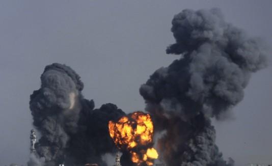 Los ataques aledaños al aeropuerto israelí obligaron a varias aerolíneas a cancelar sus vuelos al país.