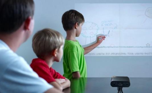 Niños crearán sus dibujos en cualquier pared u otra plataforma.