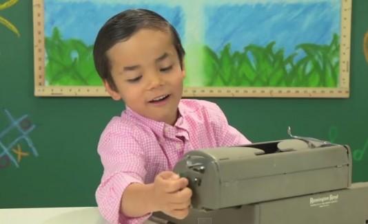 Niños reaccionan a maquinillas