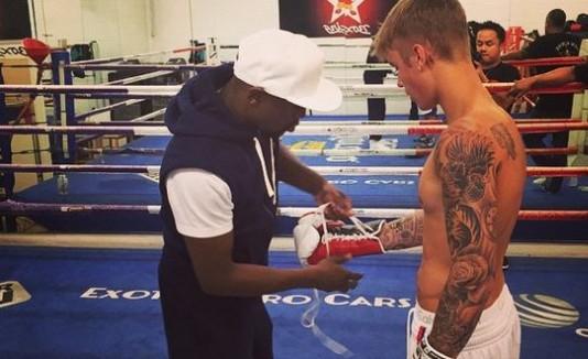 Justin Beiber boxeo
