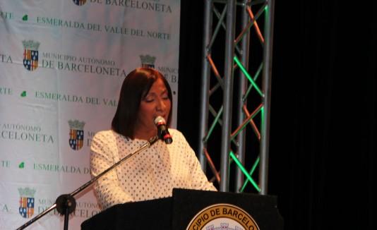 La primera ejecutiva de  Barceloneta, Wanda Soler Rosario, dice que no alterará la jornada laboral de los empleados.