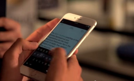 Rompe su récord texteando