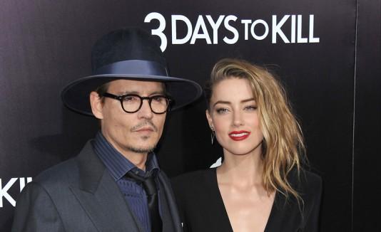 Johnny Depp junto a Amber Heard.