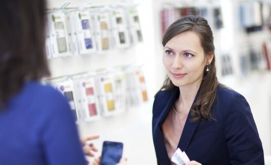 El acceso a las aplicaciones debe también tomarse en consideración al comprar un celular.