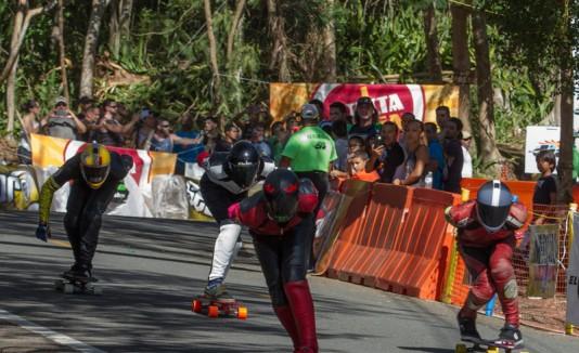 Corredores en el Guajataca Downhill 2015.