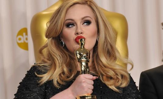 """Adele ganó un Oscar por interpretar """"Skyfall"""""""