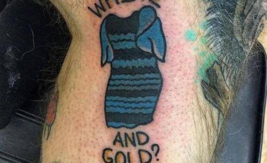Tatuaje del traje