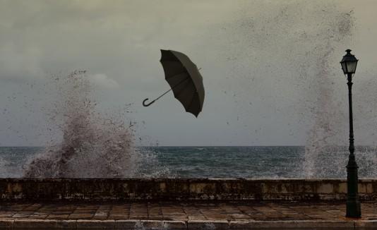 Viento y mar peligroso
