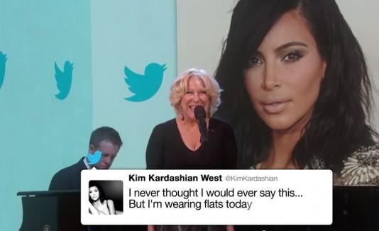 Bette Midler cantando tweets de Kim Kardashian