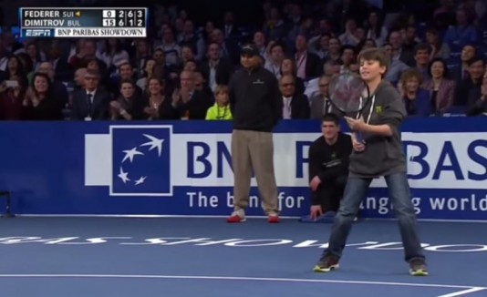 Niño derrota a Federer