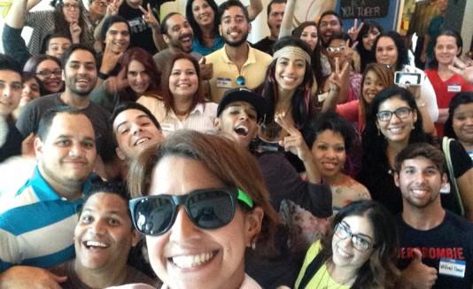 Selfie de Kristal con los YouTubers Boricuas