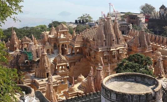 Templos en colina de India