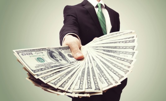 Dinero o sueldo