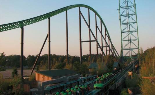 Montaña rusa Goliat en Six Flags Great Adventure, en Nueva Jersey