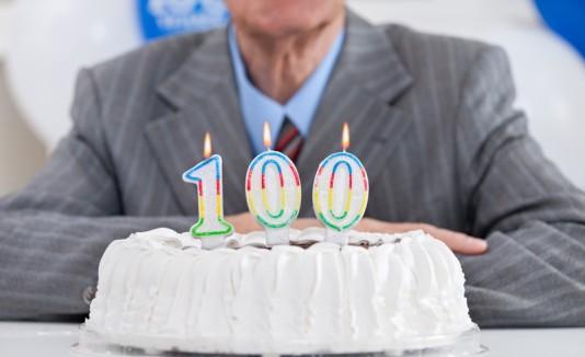Bizcocho para una persona de 100 años