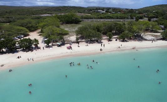 Vista aérea de Playa Santa en Guánica