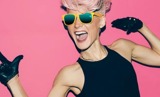 Pink hair / BrandShare
