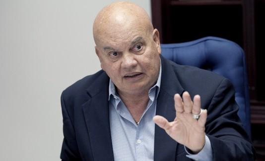 El alcalde Aníbal Meléndez está comprometido con los envejecientes.
