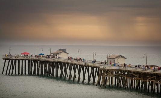 Tormenta en playa de California