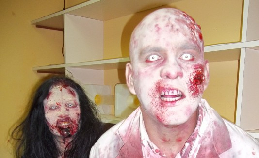 Zombie Survival Haunted Atracction