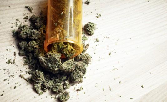 Marihuana en un frasco