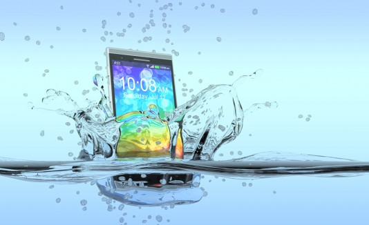 Celular agua