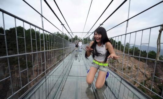 China puente de cristal