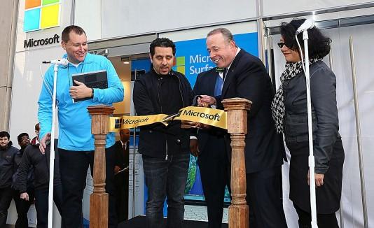 Apertura de la nueva tienda de Microsoft.