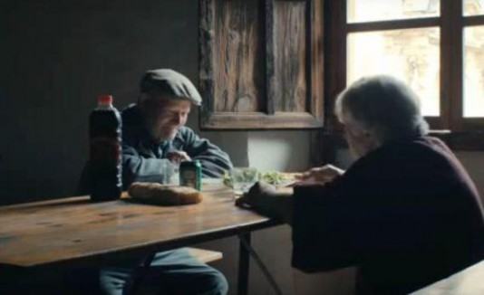Ancianos españa solos