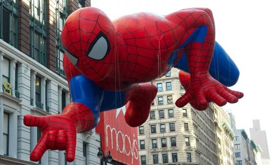 Globo Spiderman Macy's