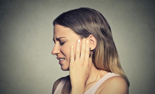 Oídos con dolor
