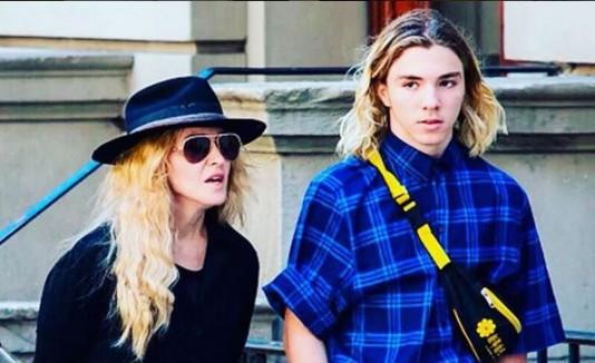 Madonna y su hijo Rocco