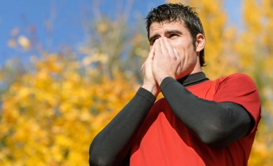 Atleta estornudando