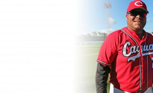 El exjugador Edwards Guzmán será el dirigente de los Cariduros de Fajardo en la temporada 2016 del béisbol Doble A.