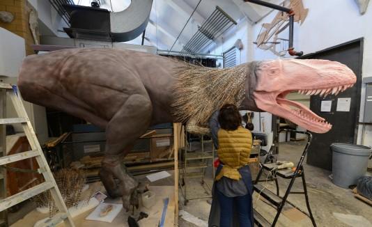 Dinosaurio emplumado