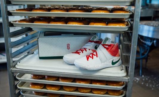 """Krispy Kreme y Nike crean los tenis """"Kremes Ky-rispy"""""""