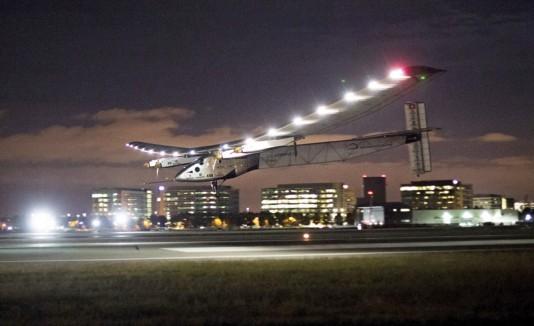 Avión solar