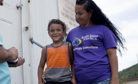 María Ruiz Correa (participante), madre de Jesiel Camacho Ruiz, de 6 años.