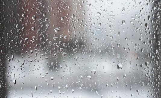 Ventana, lluvia, humedad