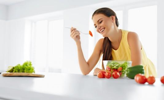 La aplicación ofrece más de 60 recetas y funge como una herramienta para unir a la comunidad vegetariana e hispanohablante.