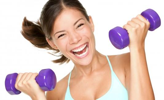 Además de llevar una buena rutina de ejercicios, es importante tener una buena alimentación.