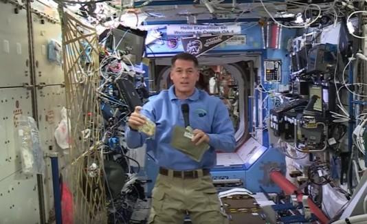 Seis astronautas celebrarán Thanksgiving en el espacio
